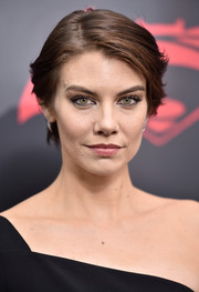 Lauren Cohan sported a short side-parted hairstyle at the New York premiere of 'Batman v Superman: Dawn of Justice.'