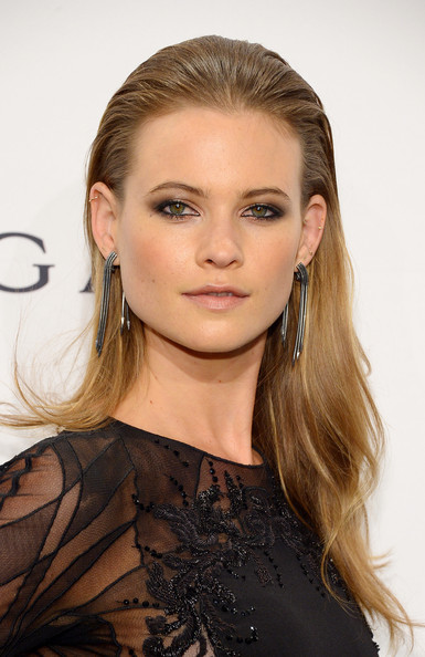 Behati Prinsloo Long Straight Cut