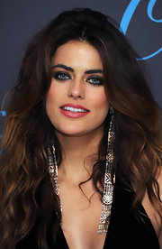 Alyson Le Borges' pretty pink lips balanced out the intensity of her full hair and dark smoky eyes.