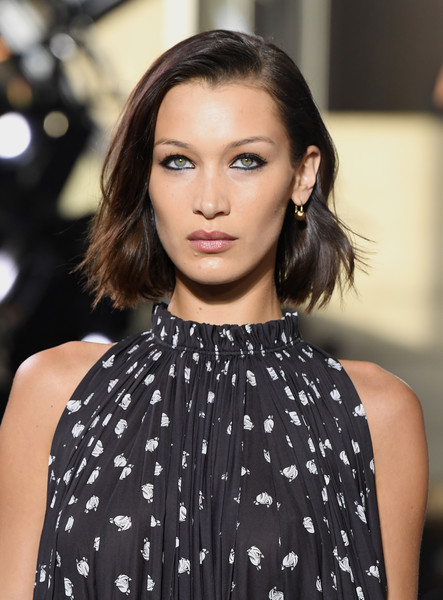 Bella Hadid Bob [hair,fashion model,hairstyle,face,lip,fashion,shoulder,eyebrow,beauty,black hair,bella hadid,runway - paris fashion week,part,runway,paris,france,lanvin,lanvin menswear fall,paris fashion week,show,bella hadid,fashion,celebrity,bob cut,model,supermodel,hairstyle,fashion show,hair]