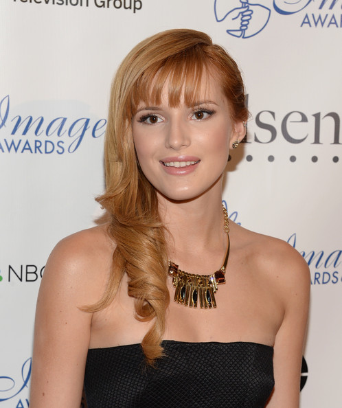 Bella Thorne Side Sweep