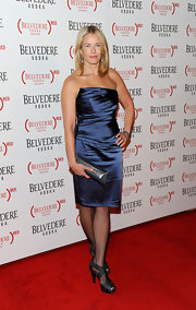 Chelsea was an iridescent beauty at the Belvedere Vodka launch in a strapless blue dress.