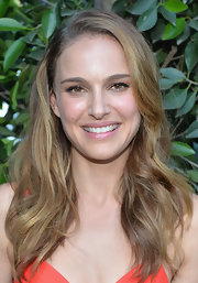 Natalie Portman left her wavy locks loose for her husband's Dance Project benefit gala.