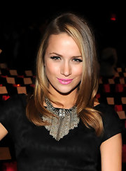 Shantel showed off a stunning chain necklace while sitting front row at the Betsey Johnson show.