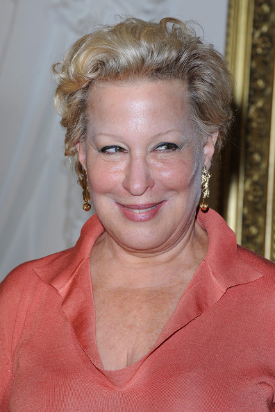 Bette Midler Short Wavy Cut [show,hair,face,hairstyle,blond,eyebrow,chin,forehead,lip,makeover,wrinkle,jean-paul gaultier,bette midler,front row,haute couture f,part,paris,france,haute-couture,paris fashion week]