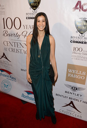 Lisa Ling looked diva-ish in a draped green evening dress during the Experience: East Meets West event.
