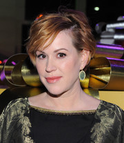 Molly Ringwald looked stylish with her textured bob at the Beverly Hills Holiday Lighting Ceremony.