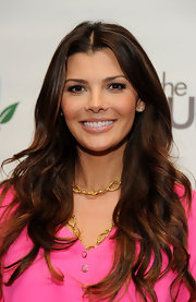 Ali Landry wore a shimmery shade of peachy-beige lipstick at the Biggest Baby Shower event.