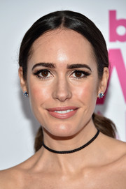Louise Roe went for a simple center-parted ponytail at the Billboard Women in Music 2016.