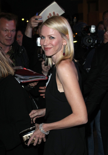 More Pics of Naomi Watts Medium Straight Cut (1 of 16) - Naomi Watts Lookbook - StyleBistro
