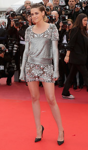 Kristen Stewart was edgy-glam in an embellished silver mini dress by Chanel Couture at the Cannes Film Festival screening of 'BlacKkKlansman.'