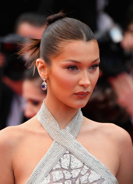 More Pics of Bella Hadid Hair Knot (10 of 48) - Bella Hadid Lookbook - StyleBistro