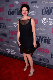 Susie Essman paired gold slide sandals with an LBD for her 'Boardwalk Empire' red carpet look.