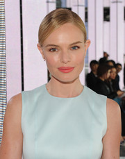 Kate Bosworth's coral lip made a beautiful contrast to her blue outfit at the BOSS fashion show.