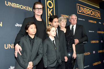 Brad Pitt Maddox Jolie-pitt 'Unbroken' Premieres in Hollywood — Part 4