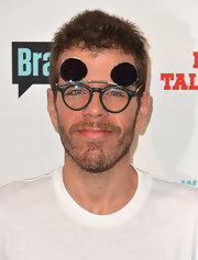 Perez Hilton accessorized with round flip-up sunnies at the Most Talkative event.
