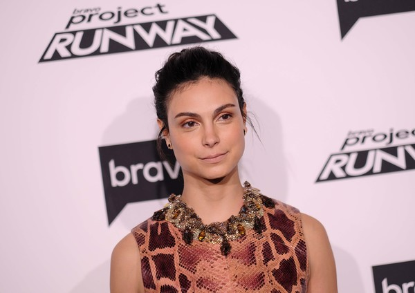More Pics of Morena Baccarin Print Blouse (1 of 13) - Tops Lookbook - StyleBistro [project runway,hair,hairstyle,fashion,lip,eyelash,neck,black hair,carpet,style,morena baccarin,vandal,new york,bravo,premiere]