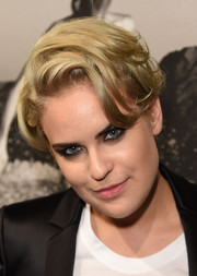 Tallulah Willis wore her hair short with messy waves during Brian Bowen Smith's Wildlife show.