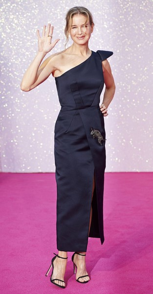 Renee Zellweger cut a sophisticated figure in a navy Schiaparelli Couture one-shoulder dress at the world premiere of 'Bridget Jones's Baby.'