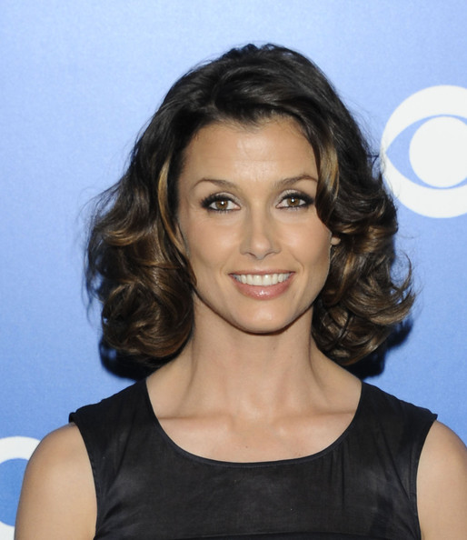 Bridget Moynahan Medium Curls