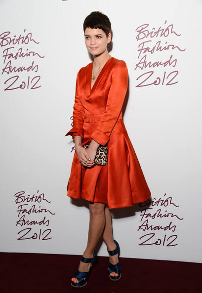 http://www1.pictures.stylebistro.com/gi/British+Fashion+Awards+2012+Inside+Arrivals+U8lBE6wTPA3l.jpg
