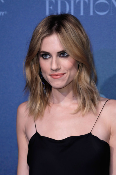More Pics of Allison Williams Medium Layered Cut (1 of 9) - Shoulder Length Hairstyles Lookbook - StyleBistro [hair,face,hairstyle,blond,eyebrow,chin,beauty,shoulder,dress,brown hair,red carpet arrivals,allison williams,british independent film awards,london,england,old billingsgate]