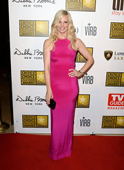 Monica Potter looked lovely in a bright fuchsia column dress at the Critics' Choice Television Awards.