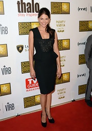 Sutton Foster's peplum and lace LBD was a modern take on an old favorite!