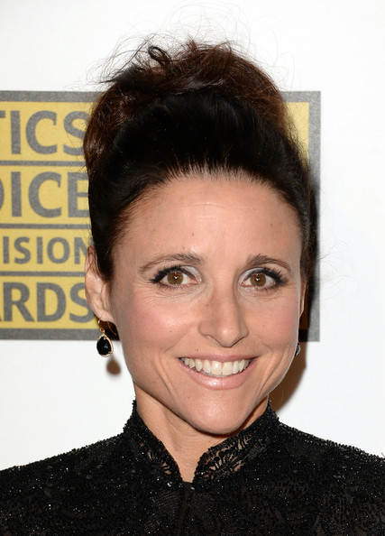 More Pics of Julia Louis-Dreyfus Dangling Gemstone Earrings (1 of 11) - Julia Louis-Dreyfus Lookbook - StyleBistro [hair,face,hairstyle,eyebrow,forehead,chin,lip,black hair,smile,brown hair,arrivals,julia louis-dreyfus,the beverly hilton hotel,california,los angeles,broadcast television journalists association,third annual critics choice television awards]