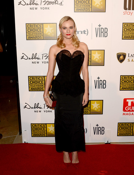 More Pics of Diane Kruger Red Lipstick (1 of 14) - Diane Kruger Lookbook - StyleBistro