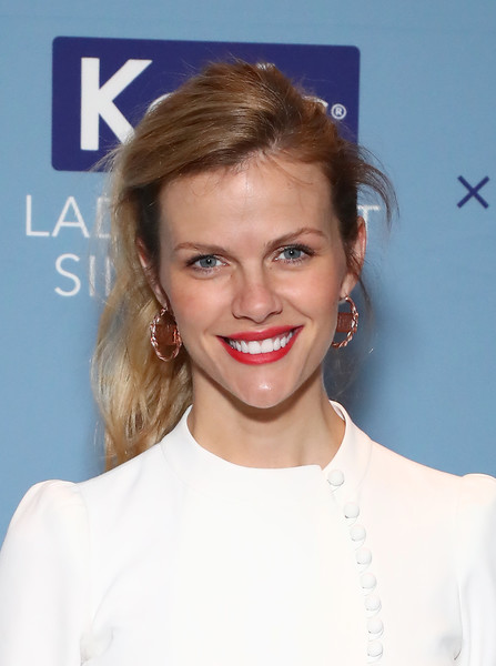 Brooklyn Decker Gold Hoops [hair,face,hairstyle,blond,eyebrow,lip,skin,beauty,chin,forehead,founder,finery.com brooklyn decker,lola celebrate womens equality day,champion equality,business,new york city,keds,lola,panel event,womens equality day]