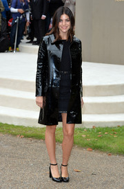 Julia Restoin-Roitfeld was edgy-glam in a black patent leather coat during the Burberry Prorsum fashion show.