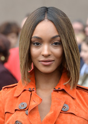 Jourdan Dunn looked very trendy with this graduated bob at the Burberry fashion show.