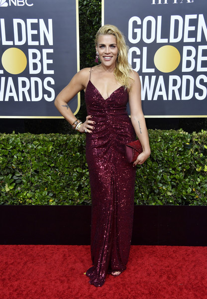 Busy Philipps Envelope Clutch [dress,clothing,carpet,red carpet,shoulder,fashion,premiere,gown,flooring,event,arrivals,busy philipps,the beverly hilton hotel,beverly hills,california,golden globe awards,sof\u00eda vergara,celebrity,golden globe awards,red carpet,dress,gown,clothing,magenta,2020,supermodel]
