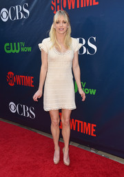 Anna Faris was cute and charming in a cream-colored crochet mini dress during the CBS Summer TCA Party.