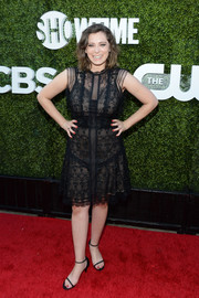 Rachel Bloom complemented her LBD with black thin-strap sandals.