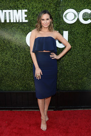 Keltie Knight matched her top with a blue pencil skirt.
