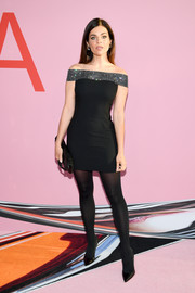 Julia Restoin-Roitfeld kept it classic in an off-the-shoulder LBD with a bedazzled neckline at the 2019 CFDA Fashion Awards.