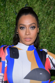 La La Anthony pulled her hair back into a classic ponytail for the CFDA/Vogue Fashion Fund 15th anniversary event.