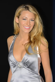 Blake Lively channeled Old Hollywood glamour with long, brushed-through curls at the Chanel Fine Jewelry event.