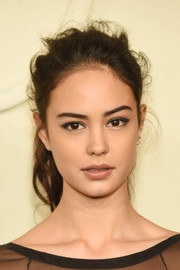 Courtney Eaton made a disheveled ponytail look oh-so-chic at the Chanel Paris-Salzburg show.
