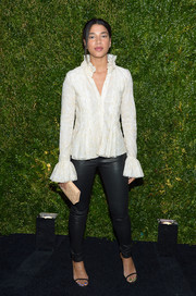 Hannah Bronfman contrasted her ladylike blouse with a pair of edgy leather skinnies.