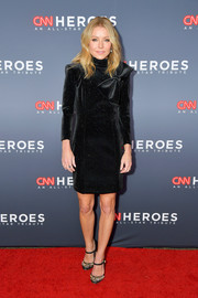 Kelly Ripa chose a micro-beaded Balmain LBD with a high neck and bow detailing for her CNN Heroes red carpet look.