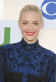Jaime King painted her smile with a potent red at the Summer TCA Party.