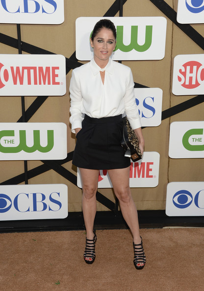 More Pics of Robin Tunney Button Down Shirt (5 of 8) - Tops Lookbook - StyleBistro [clothing,fashion,leg,joint,shoulder,footwear,human leg,flooring,style,arrivals,robin tunney,california,los angeles,cw,cbs,showtime 2013 summer tca,showtime 2013 summer tca party]