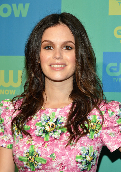 Rachel Bilson wore her locks down in messy-sexy waves during the CW Network's Upfront Presentation.