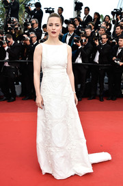 Melissa George kept it understated in a textured white gown during the Cannes opening gala.