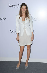 Michelle stepped out in gray suede pumps for the Calvin Klein celebration in LA.