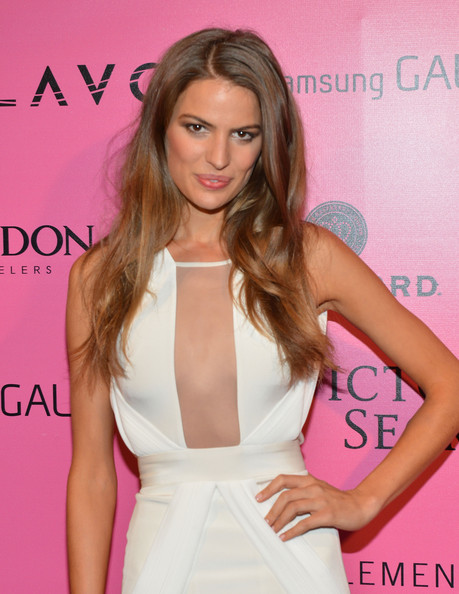 Cameron Russell Clothes