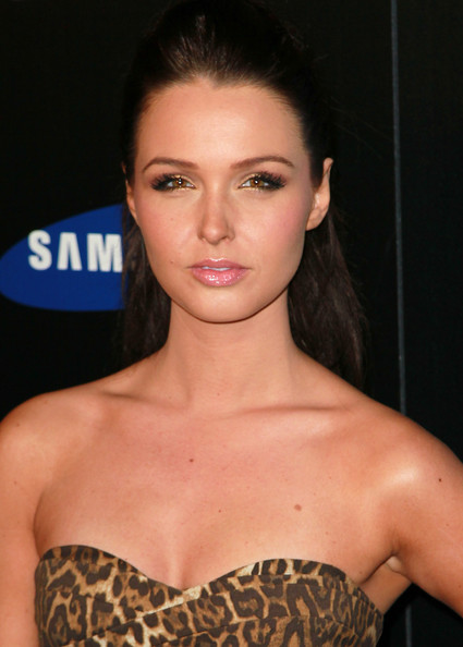 Camilla Luddington Half Up Half Down